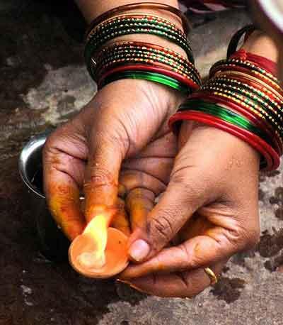 Camphor Pellets for Ceremony - Mermade Magickal Arts